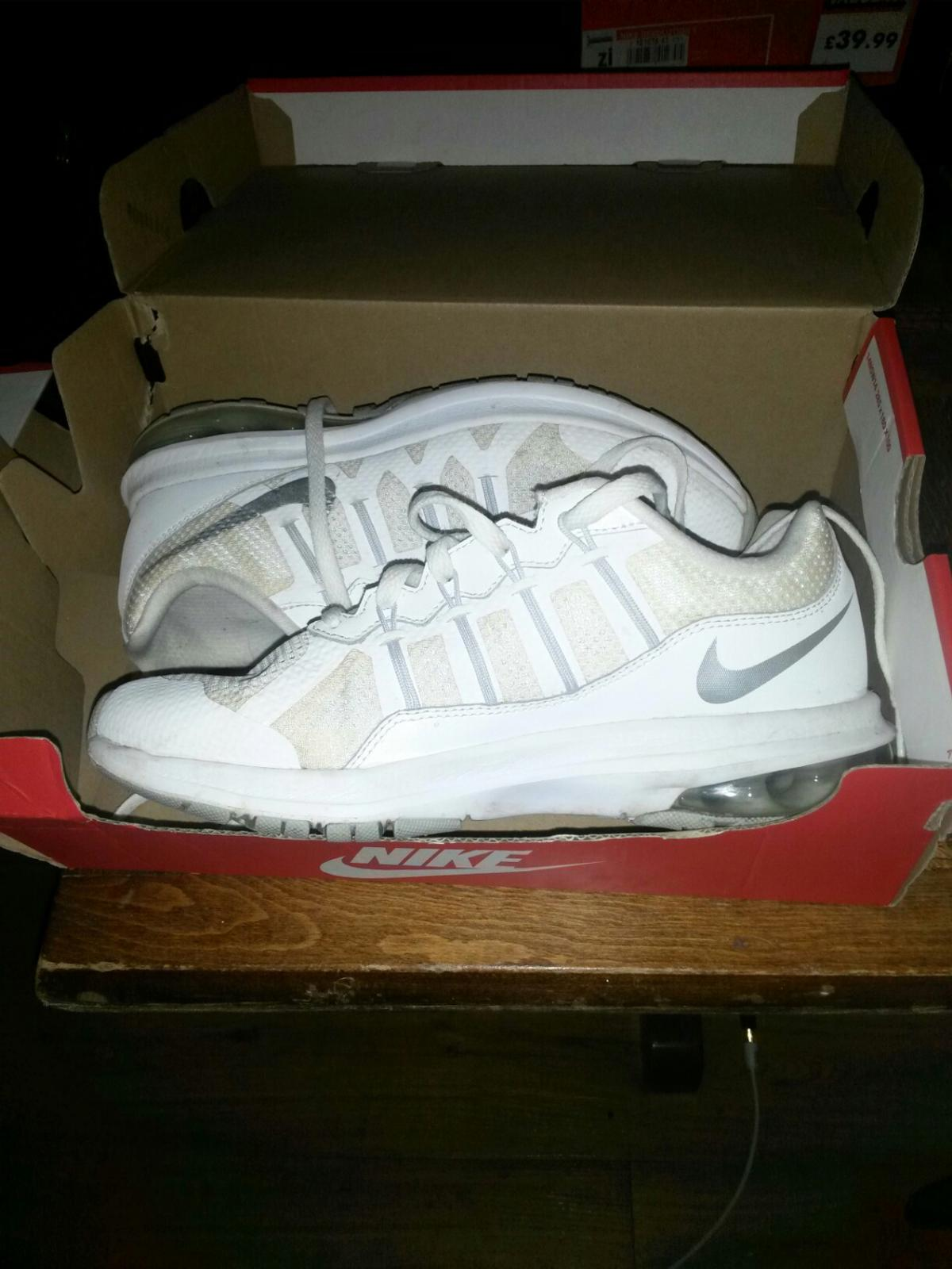 8c973889a5 Nike Air Max Dynasty Msl Women's Size UK4 in SE3 Greenwich for ...