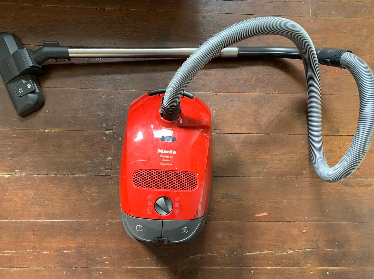 Spiksplinternieuw Miele Classic C1 Hoover in SE19 London Borough of Lambeth for CL-16