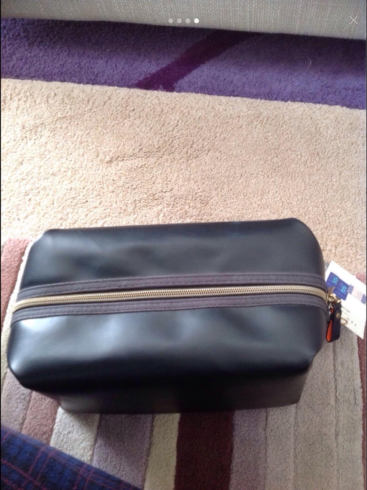 8f663de9b Brand new ted baker toiletry bag in LE2 Leicester for £6.00 for sale ...