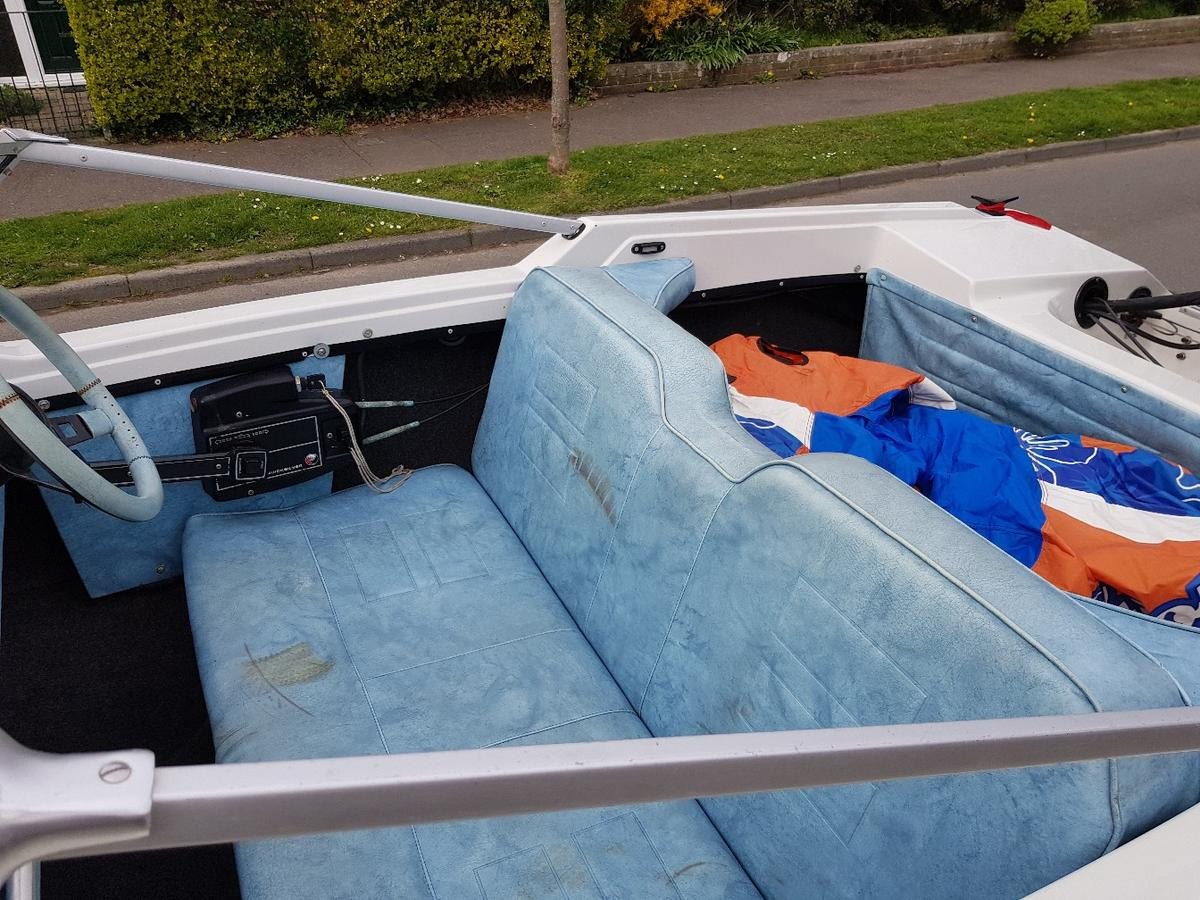 speed boat 14ft 50hp outboard in RH19 Sussex for £1,100 00
