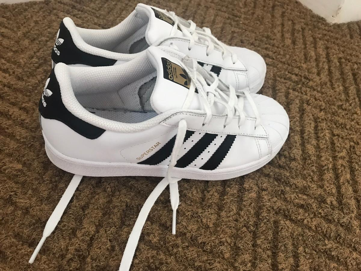 d8237c02f796 Adidas superstars junior size 2.5 in DY8 Dudley for £15.00 for sale ...
