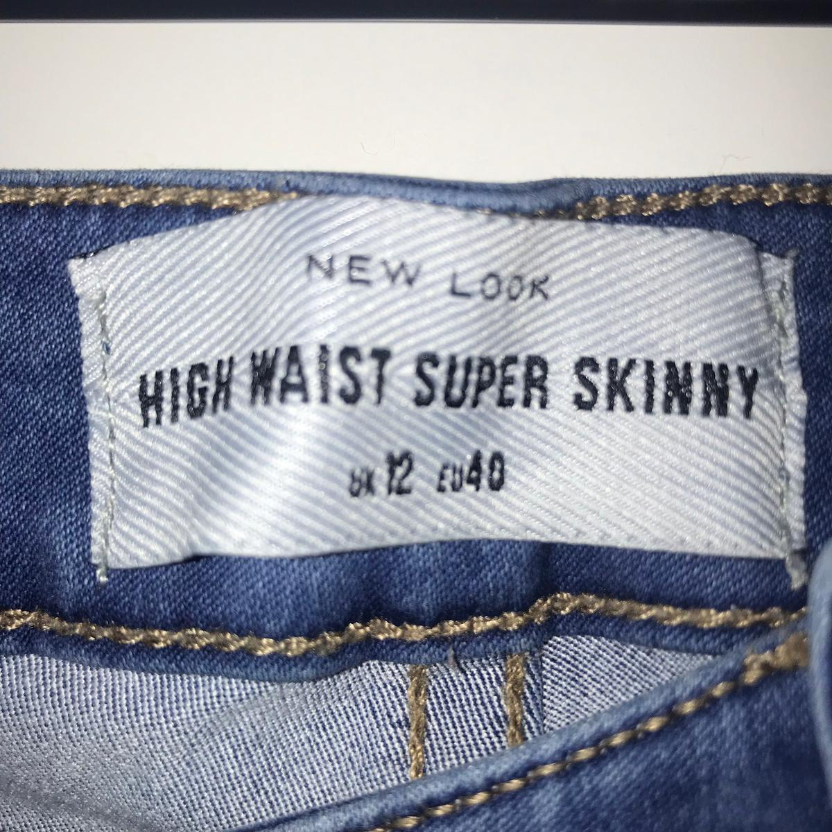 883625f9c94 x2 new look high-waisted jeans