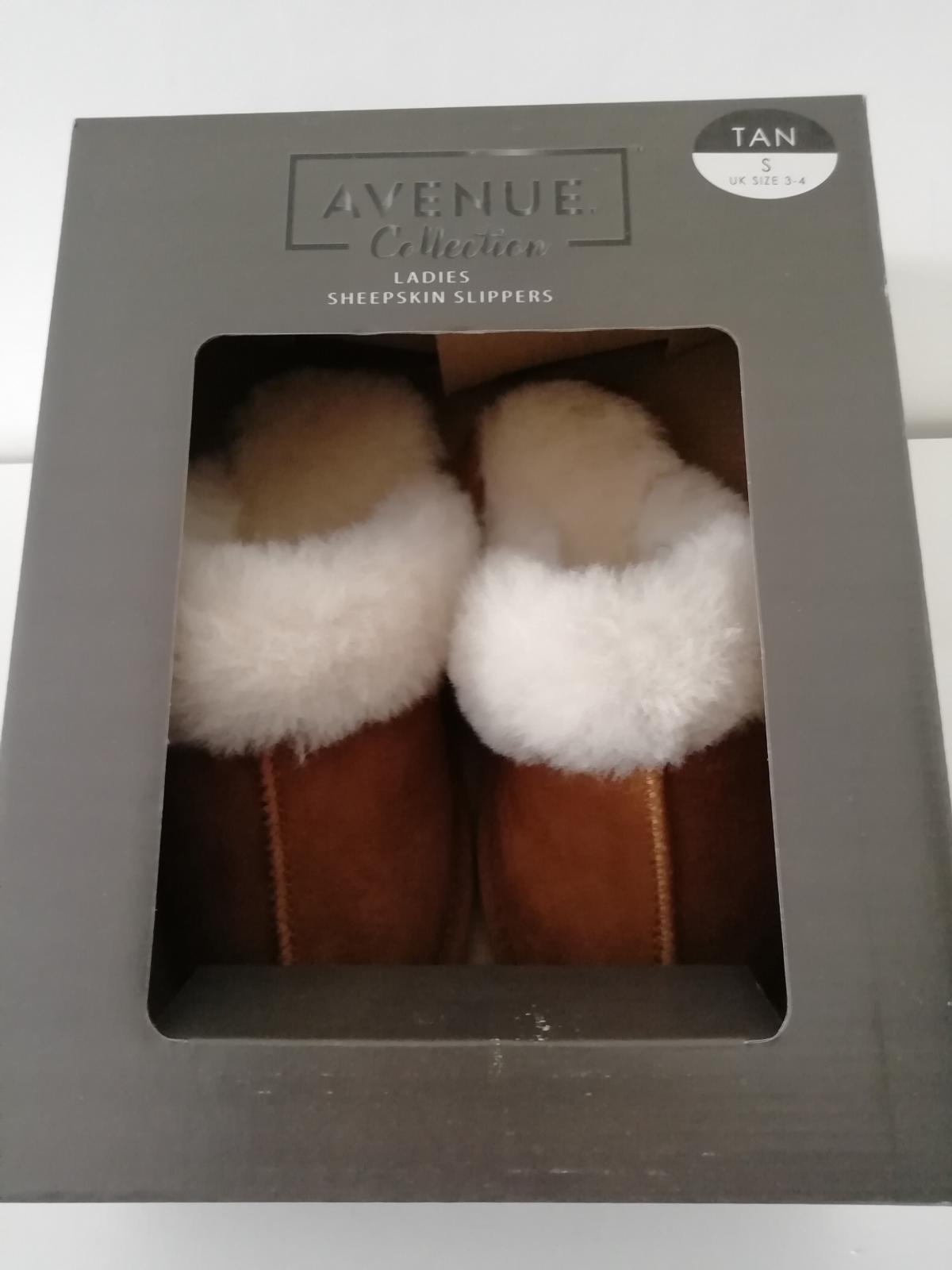 2baff7a7e Description. hello here i have for sale a pair of ladies sheepskin slippers  ...