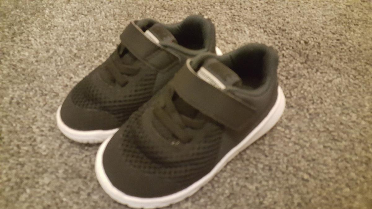 3bf75c6f9aeb0 nike flex experience 5 infant size 5.5 in EX1 Exeter for £10.00 for sale -  Shpock