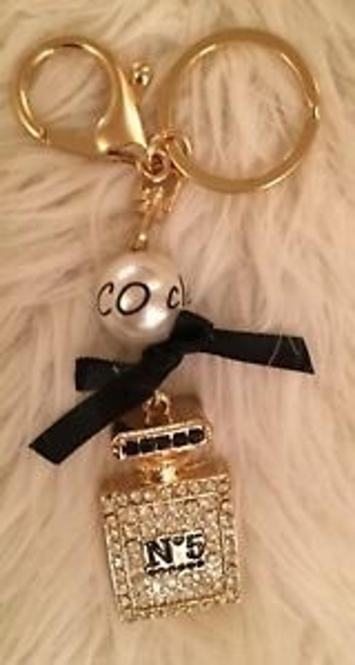 aaee2cf4a2 CHANEL LUXURY 🛍INSPIRE PEARL KEYRING * in ng5 6ae nottingham for ...
