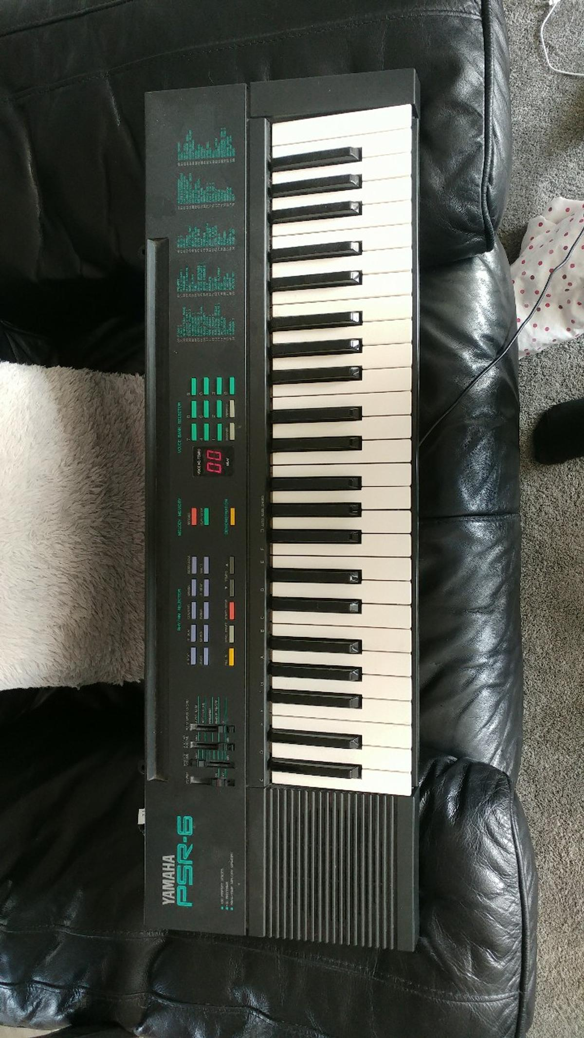 yamaha psr-6 keyboard in B43 Walsall for £25 00 for sale