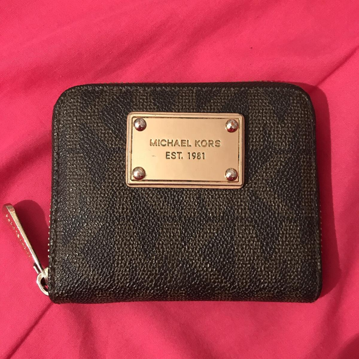 c5b6650050026d Michael kors purse in CR4 London for £28.00 for sale - Shpock