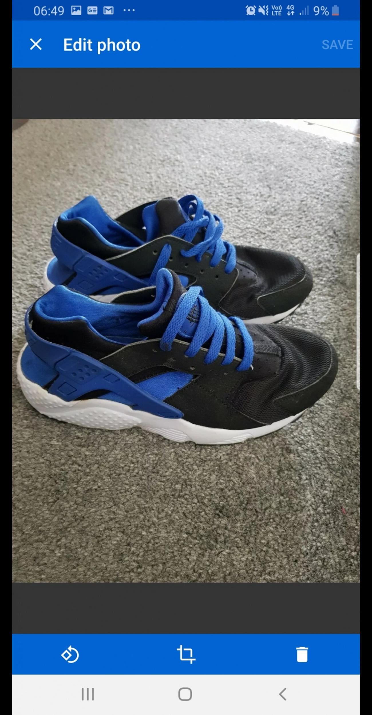 huge discount 1b4fc 49646 black blue Nike Huaraches