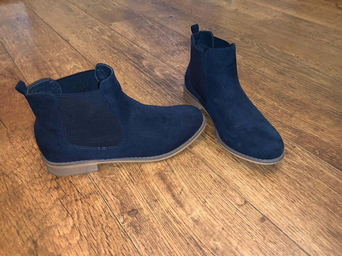 super popular quality better Size 6 M&S Chelsea boots
