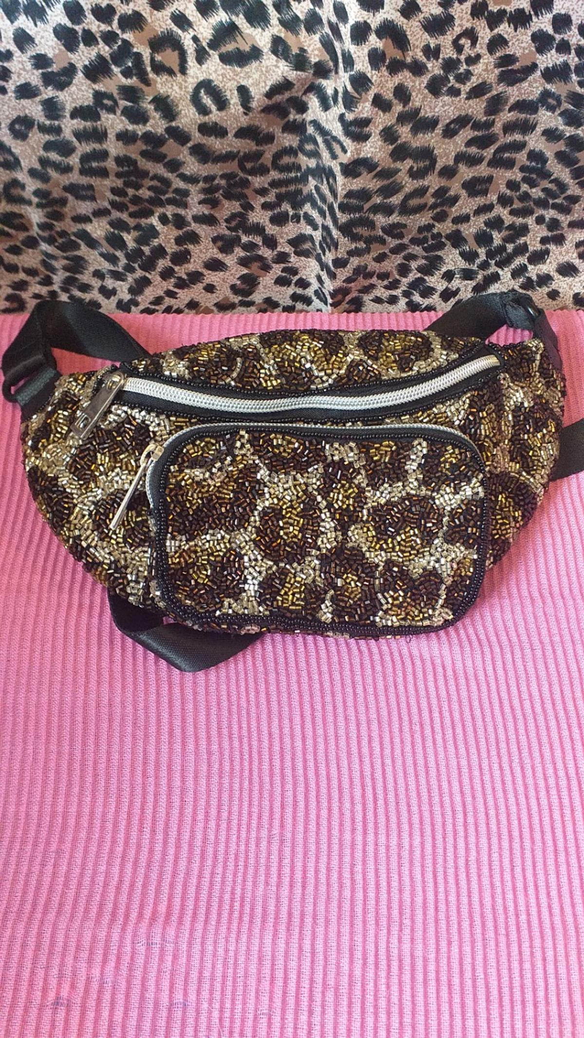 6995d7939d4f New Leopard beaded Sequin Bumbag in CR4 Merton for £5.00 for sale ...