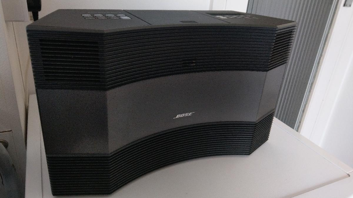 Bose Acoustic wave music system 2 in London Borough of