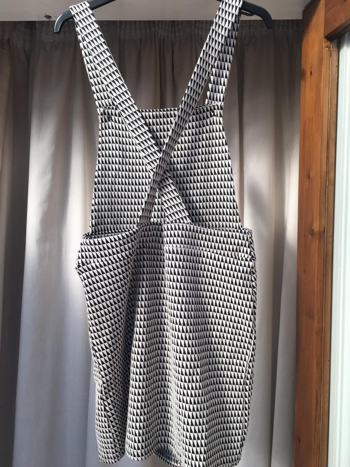 Next black and white dress size 10. Very good condition. Collection in person or happy to post for extra.