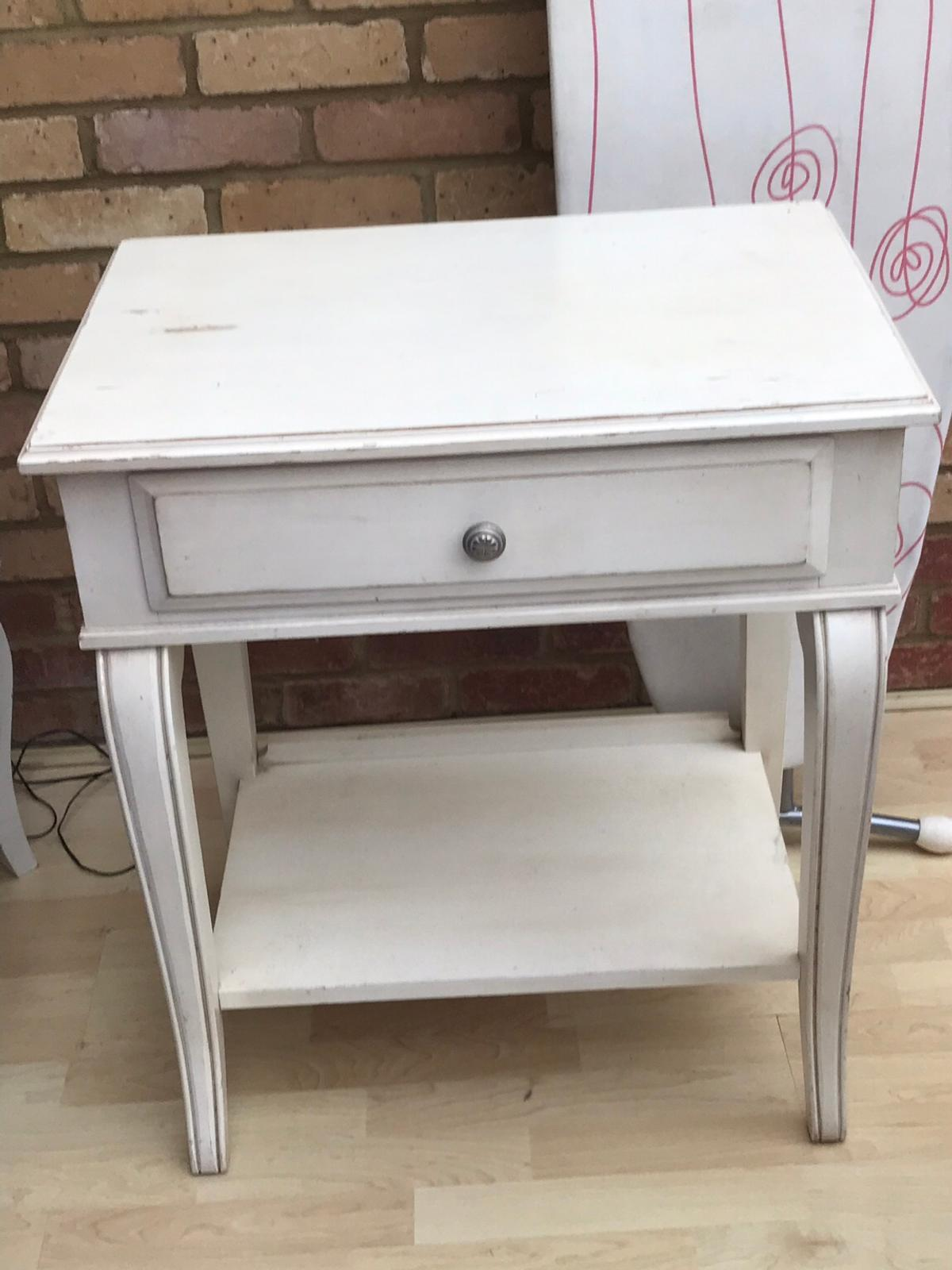 Gorgeous Shabby Chic Console Table