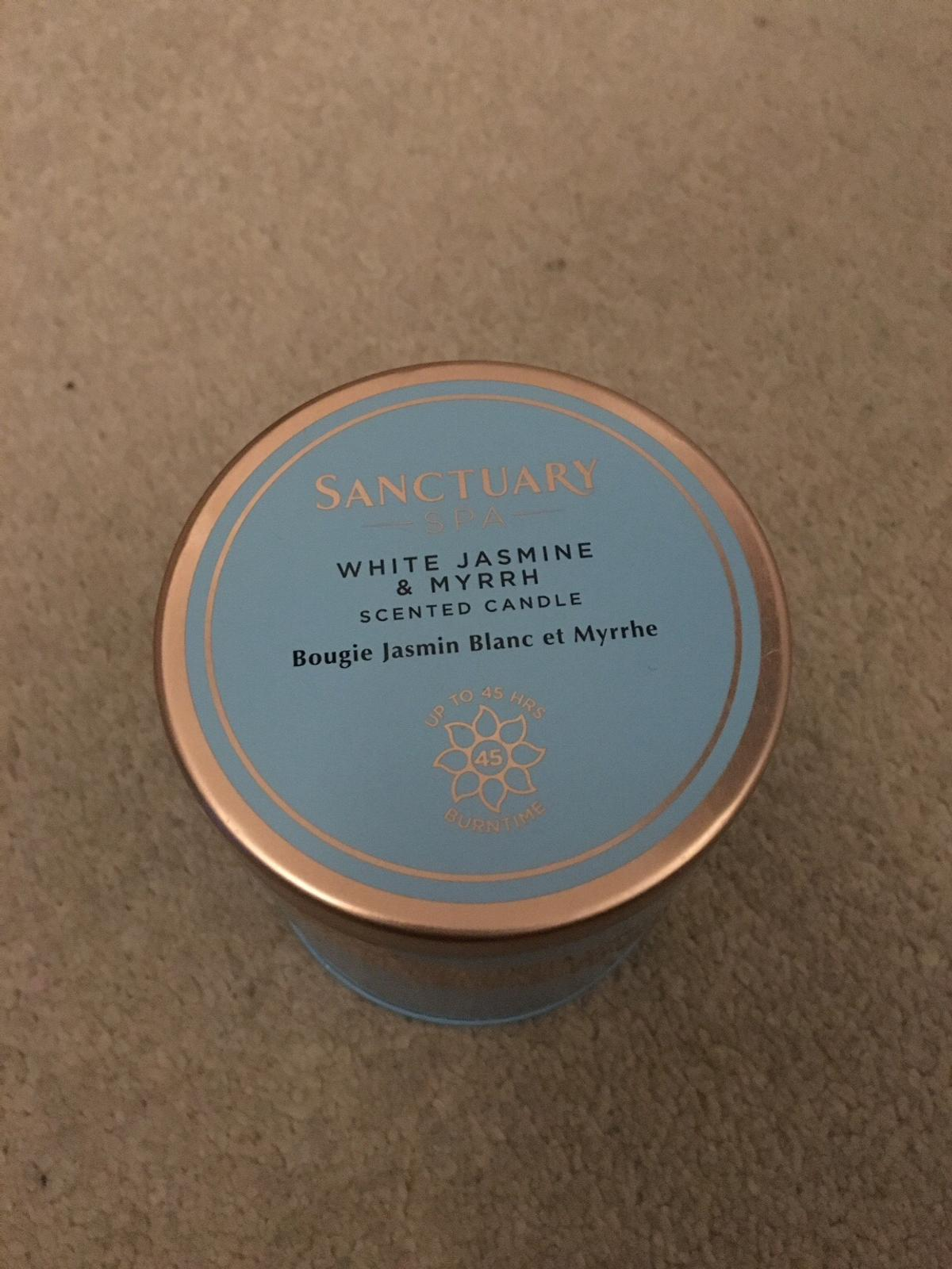 This is a brand new candle that was an unwanted gift due to allergies. It normally retails at Boots for £12.50.