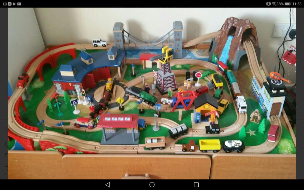 Train Table In Bl4 Bolton For 20 00 For Sale Shpock