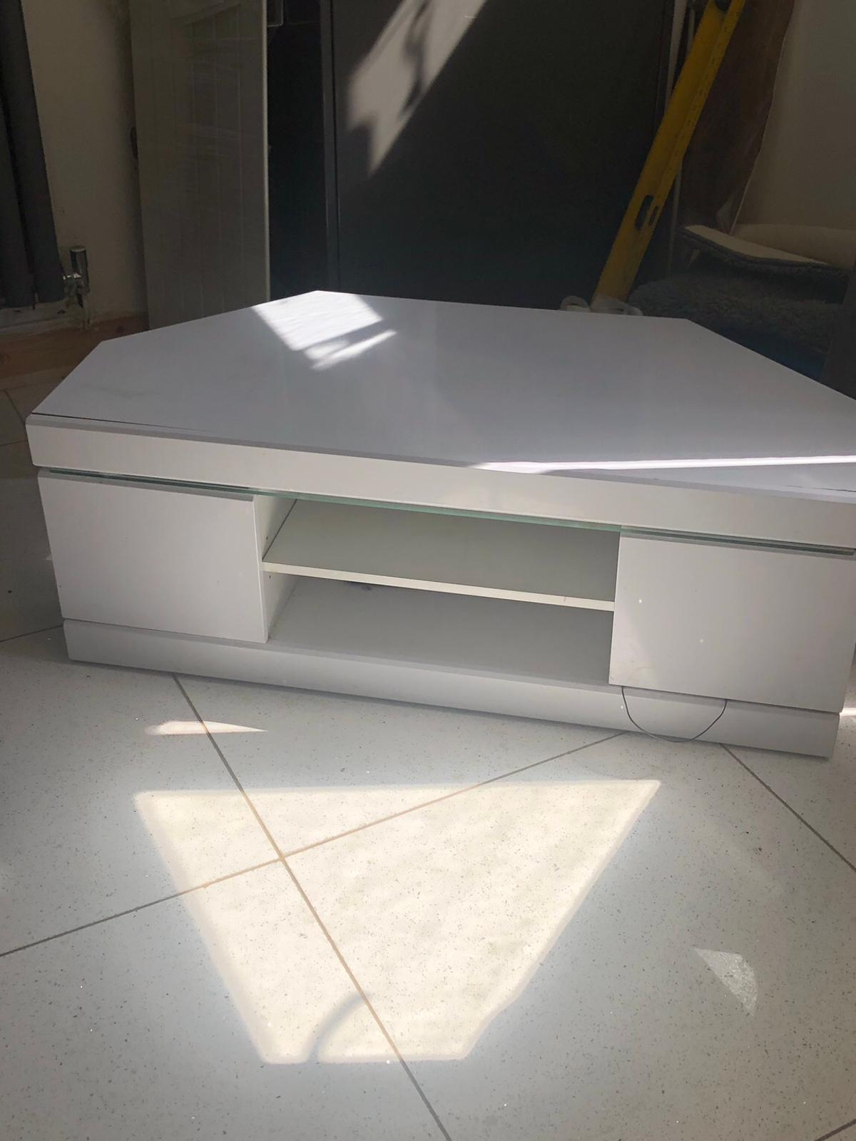 sneakers for cheap be609 ea2a3 WHITE GLOSS CORNER TV UNIT