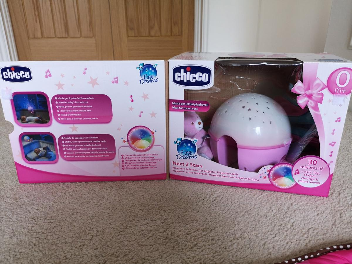 Chicco Next 2 Stars Cot Projector Baby Nightlight with Music /& Light Pink