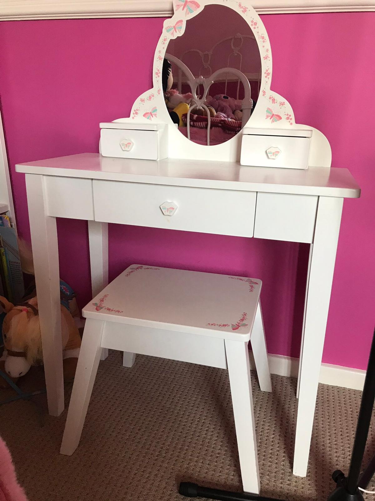 buy popular bfb01 5274e Childrens toy dressing table and stool