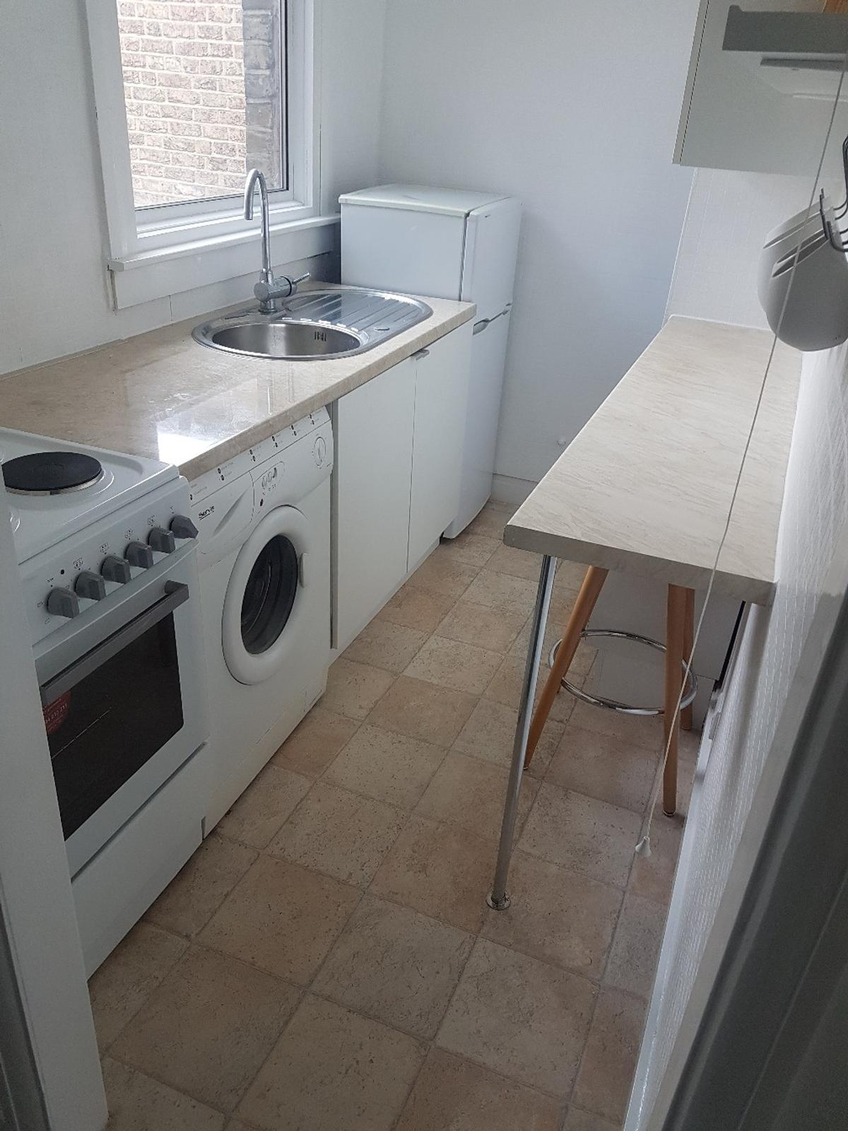 One bed room flat ready to rent in E4 London für £ 950,00