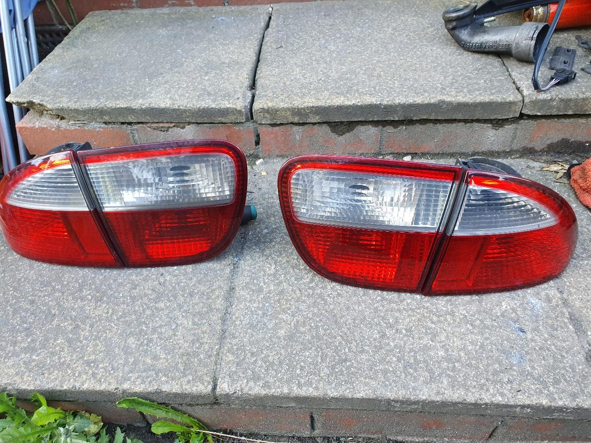came off my 2004 mk1 leon cupra tdi clean lenses all lugs intact £25 dm me or text me only on 07714428489