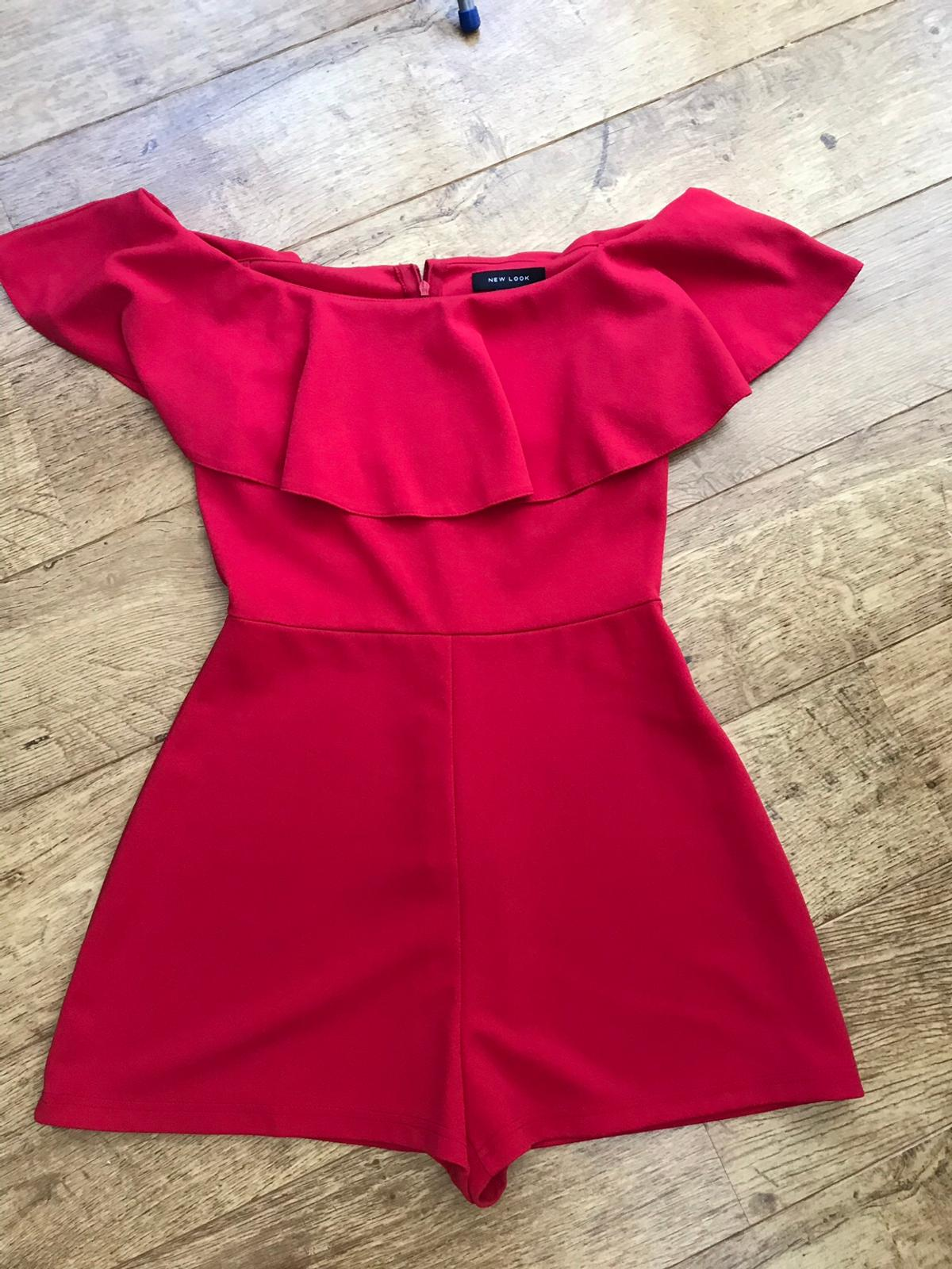Lovely red off shoulder playsuit by New Look- perfect for summer! Only worn once. Uk Size 12  Rainham, Kent