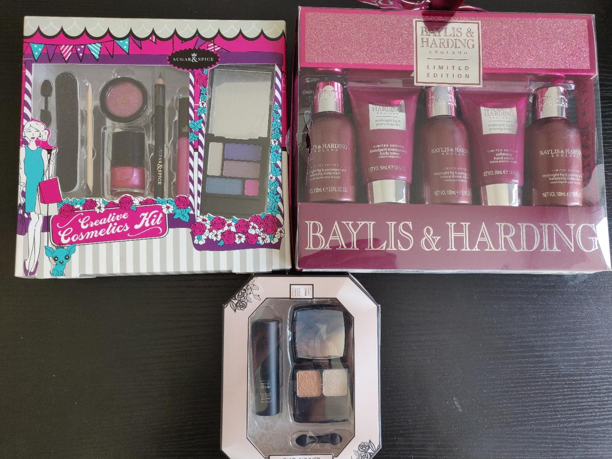 Evie Mai (lipstick & eyeshadow) Sugar & Spice (cosmetic kit) Baylis & Spice (lotion, body wash, shower creme  all for £10