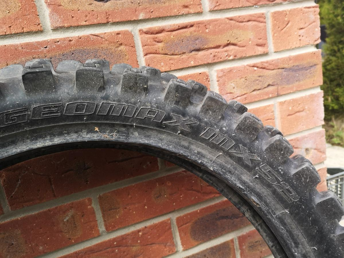 Very good condition cross Tyre(Dunlop) all size details on pictures 110/90/19