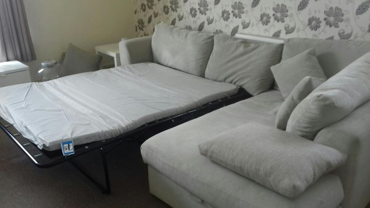 Beige Corner Couch Includes Sofa Bed