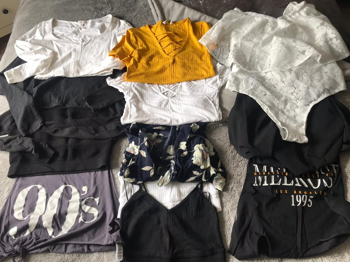 bbb145f4465a18 🥰3x bin bag of clothes and shoes🥰size 8-10 in DE56 Valley for ...