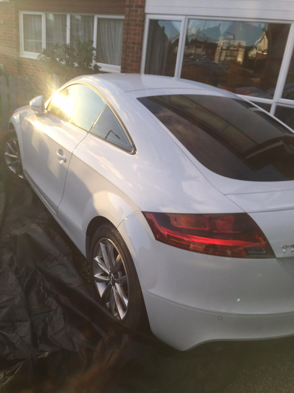 Audi Tt Polar White With Red Leather Interior In Ng10 Erewash For 8 500 00 For Sale Shpock