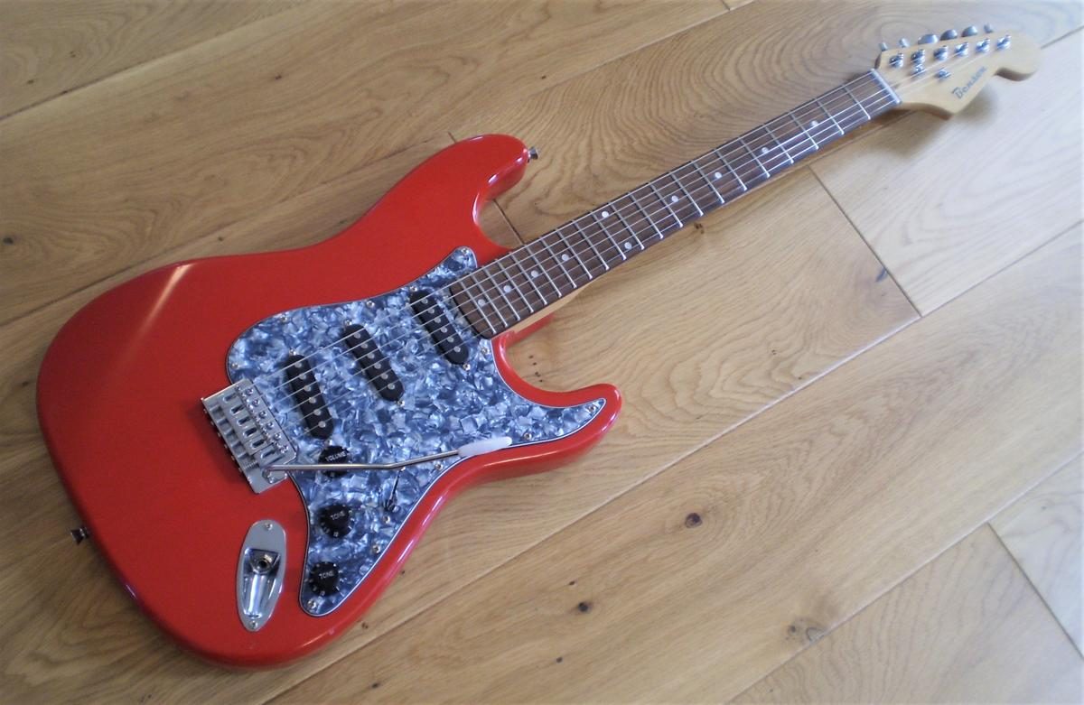 Benson Stratocaster Electric Guitar 4/4 in Chiltern for