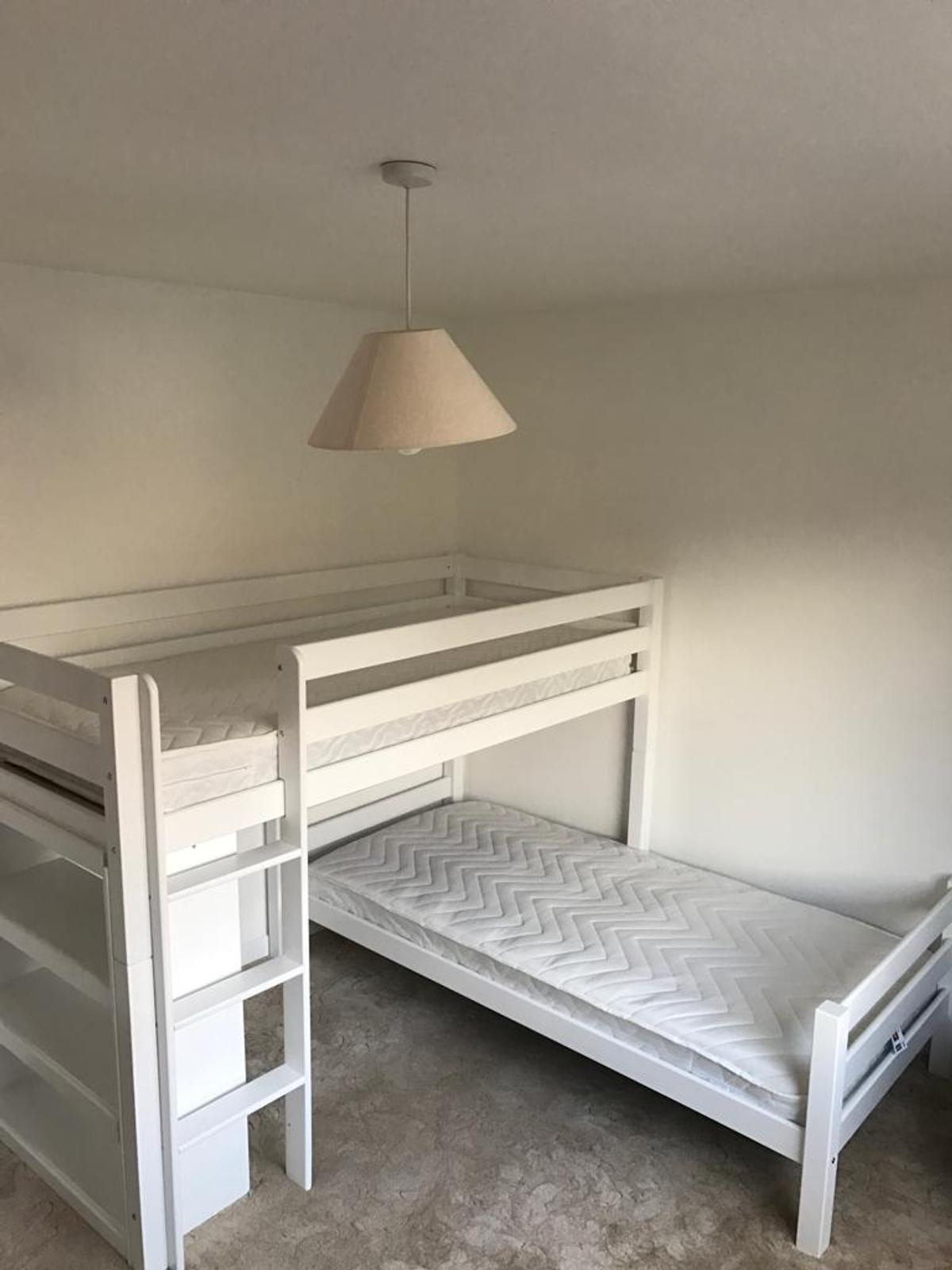 L Shaped Bunk Bed White With Bookshelf