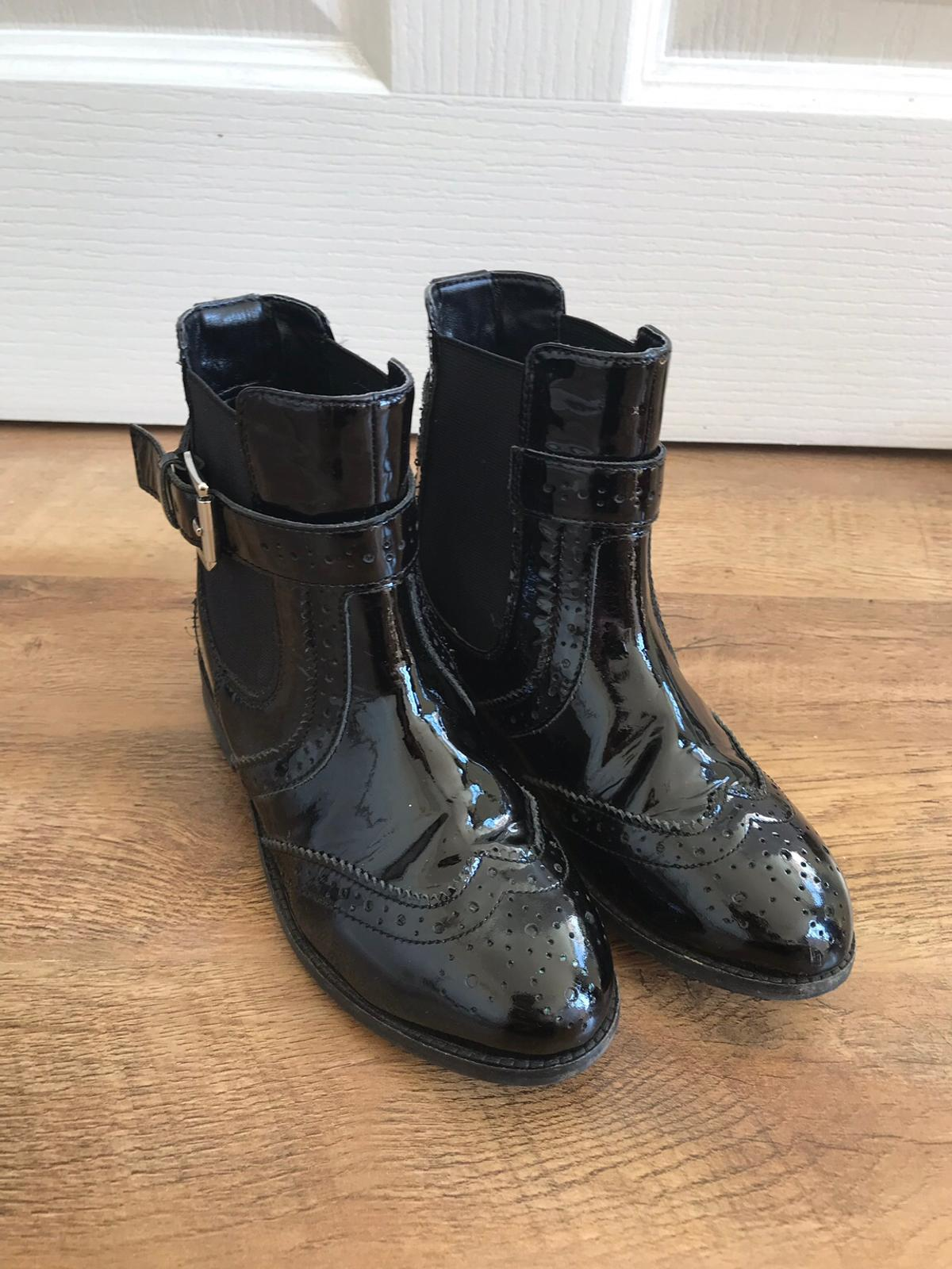 688efdbfe Mini Miss KG Girls Black Patent Boots Size 13 in LE3 Blaby for £5.00 ...