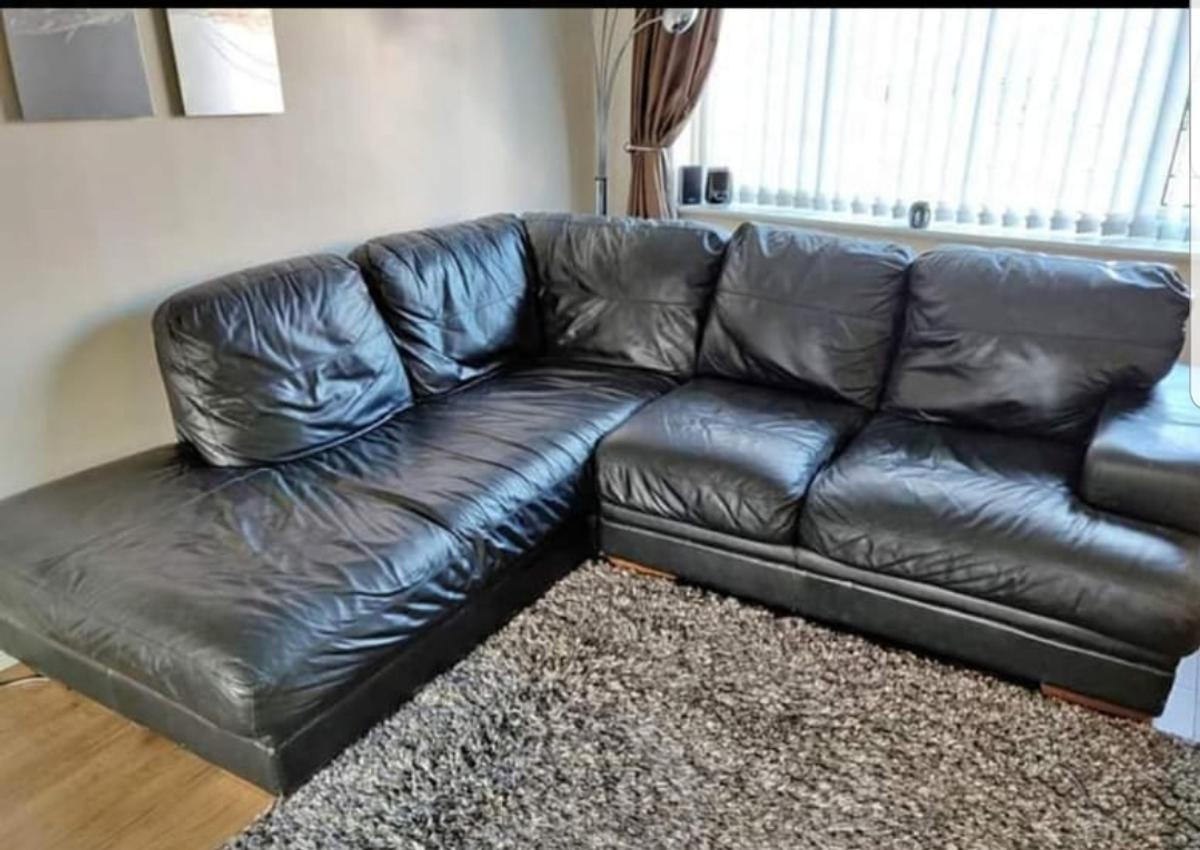 Black Leather Corner Sofa Dfs Price To Sell