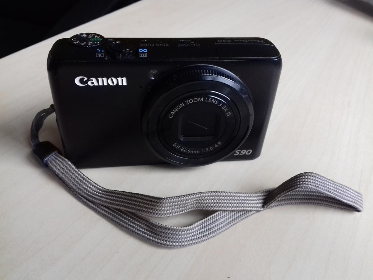 Canon PowerShot S90 Digital Camera in DY9 Dudley for £40 00 for sale