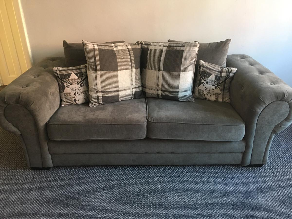 Grey 3 Seater Chesterfield Sofa In L15 Liverpool For 250 00 For