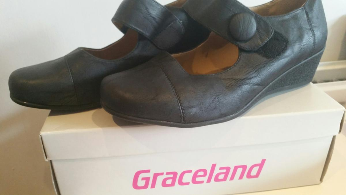f1c728b99d Ladies Shoes size 7 in B38 Birmingham for £5.00 for sale - Shpock