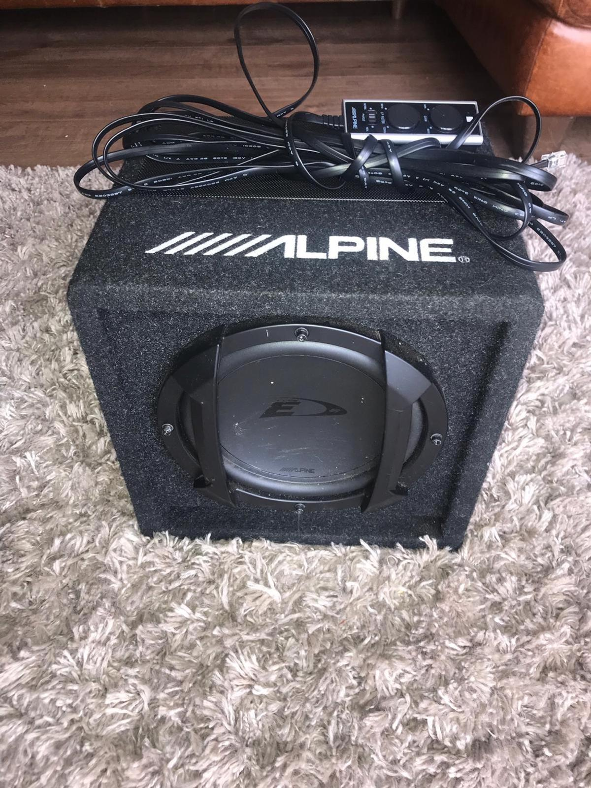 Alpine 8 inch sub with built in amp