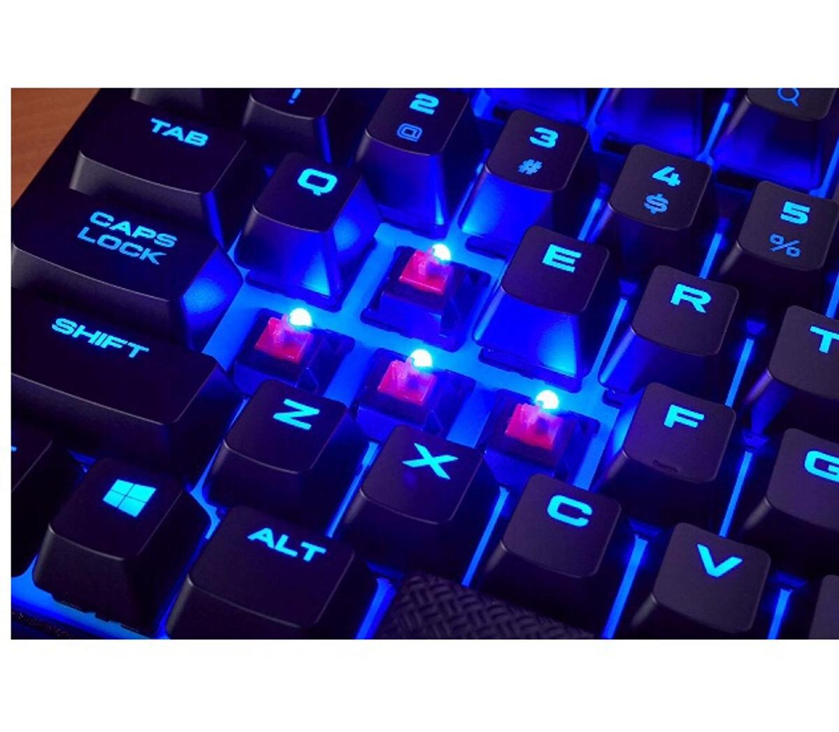 Corsair k63 wireless gaming keyboard in Luton for £105 00 for sale
