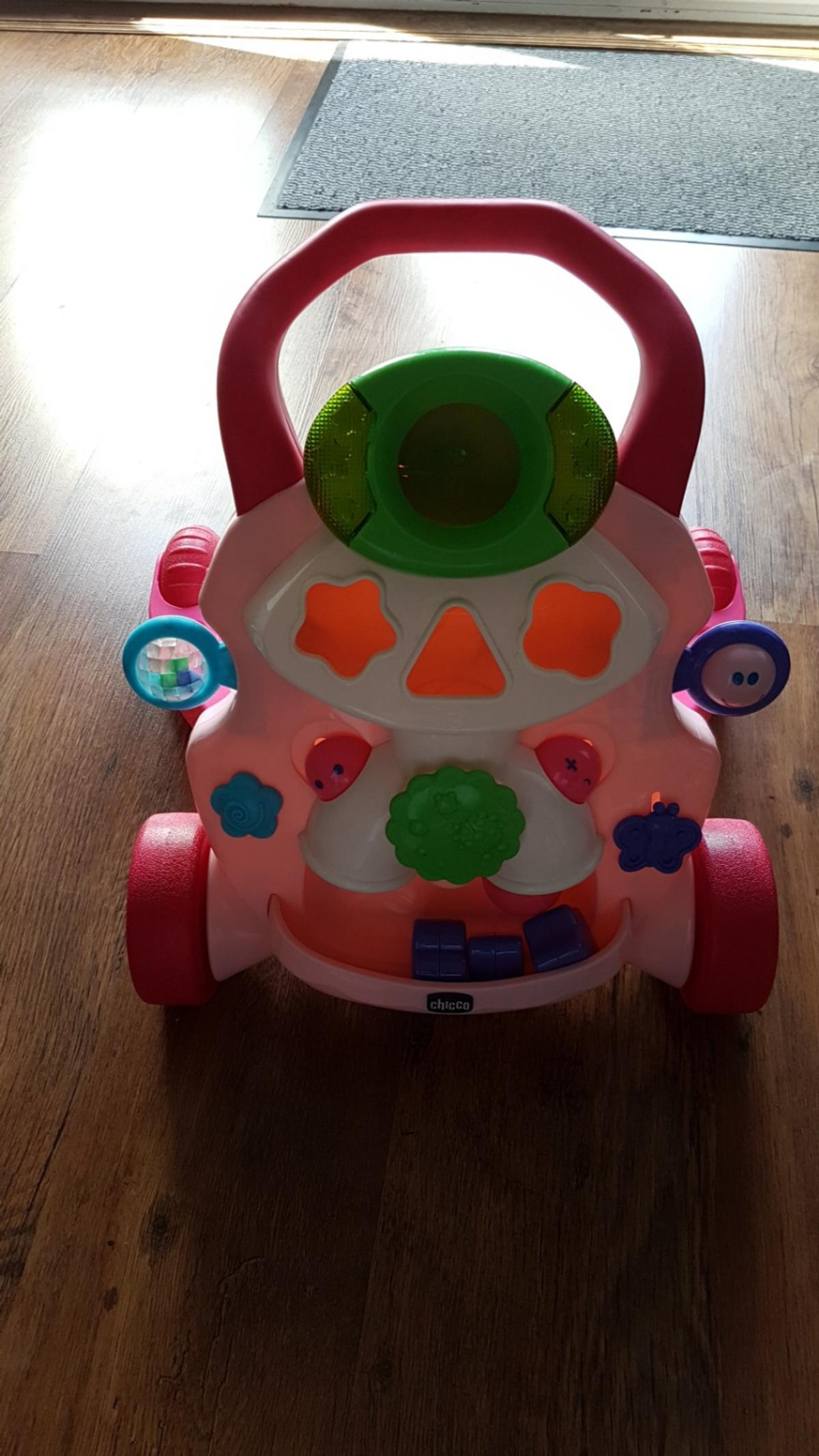 Chicco Baby Steps Activity Walker Pink.