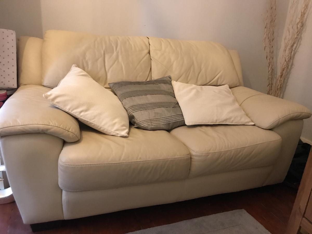3 seater leather sofa.2 seater also available in KT3 London ...