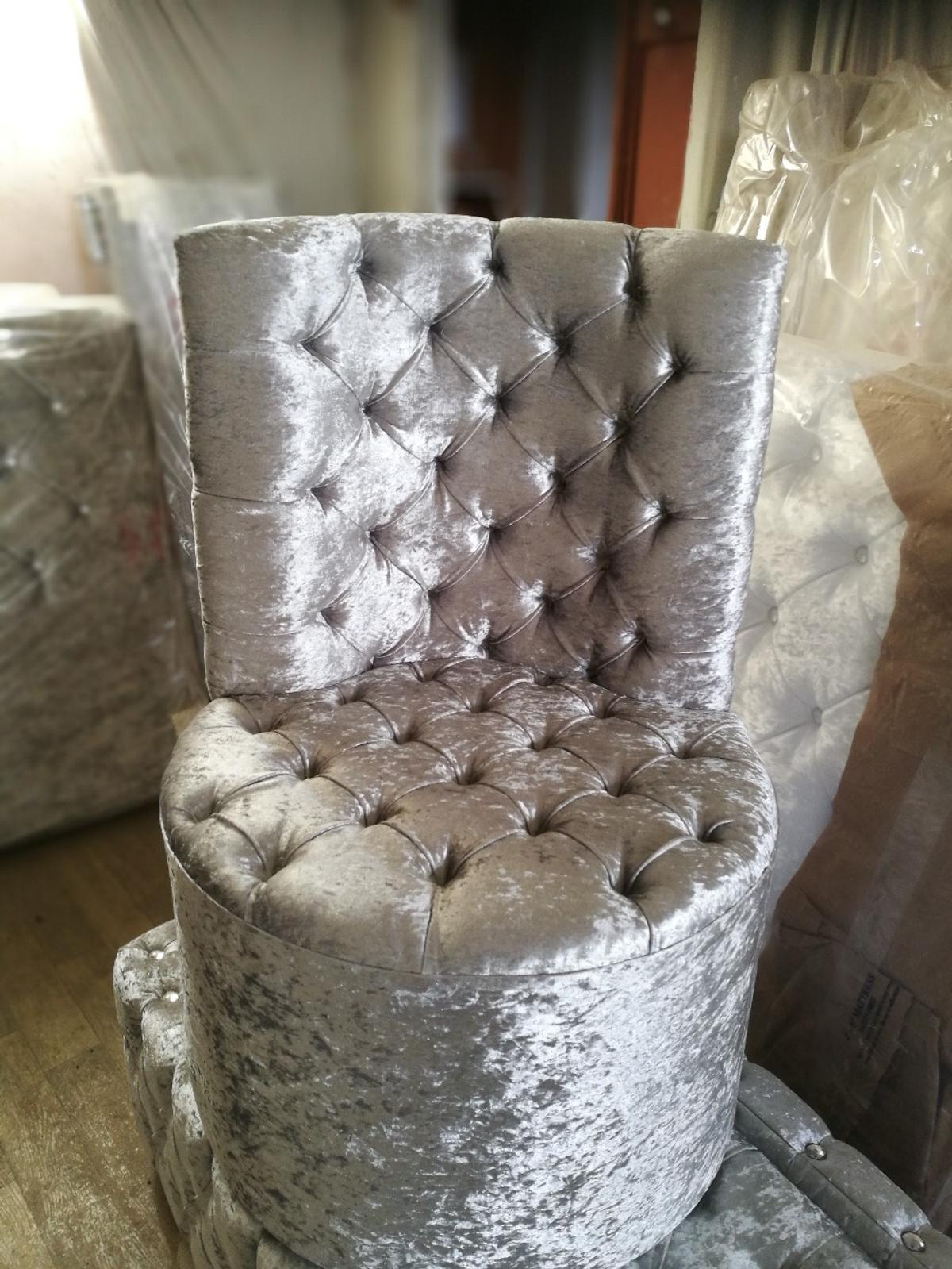 Crushed velvet bed room chair
