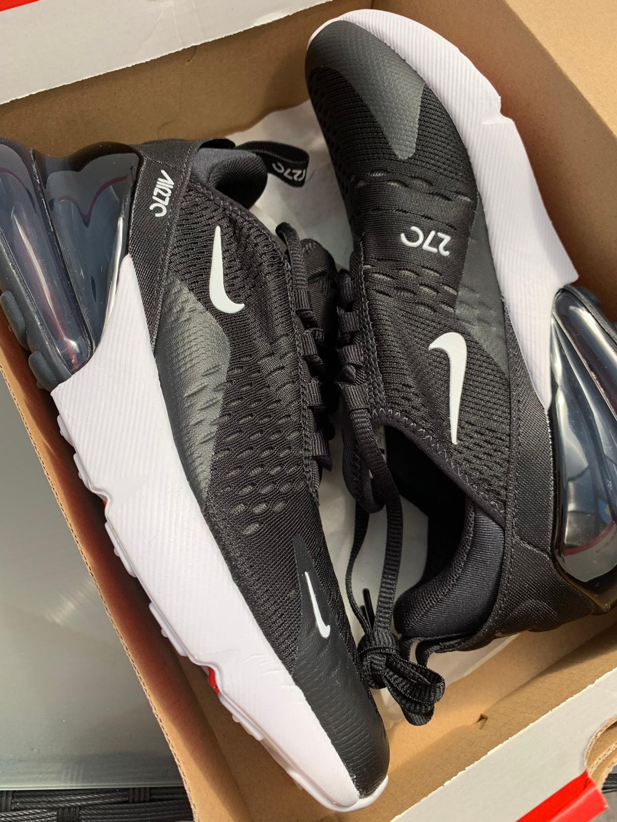 wholesale dealer e5713 63d12 Brand new Nike Air Max 270