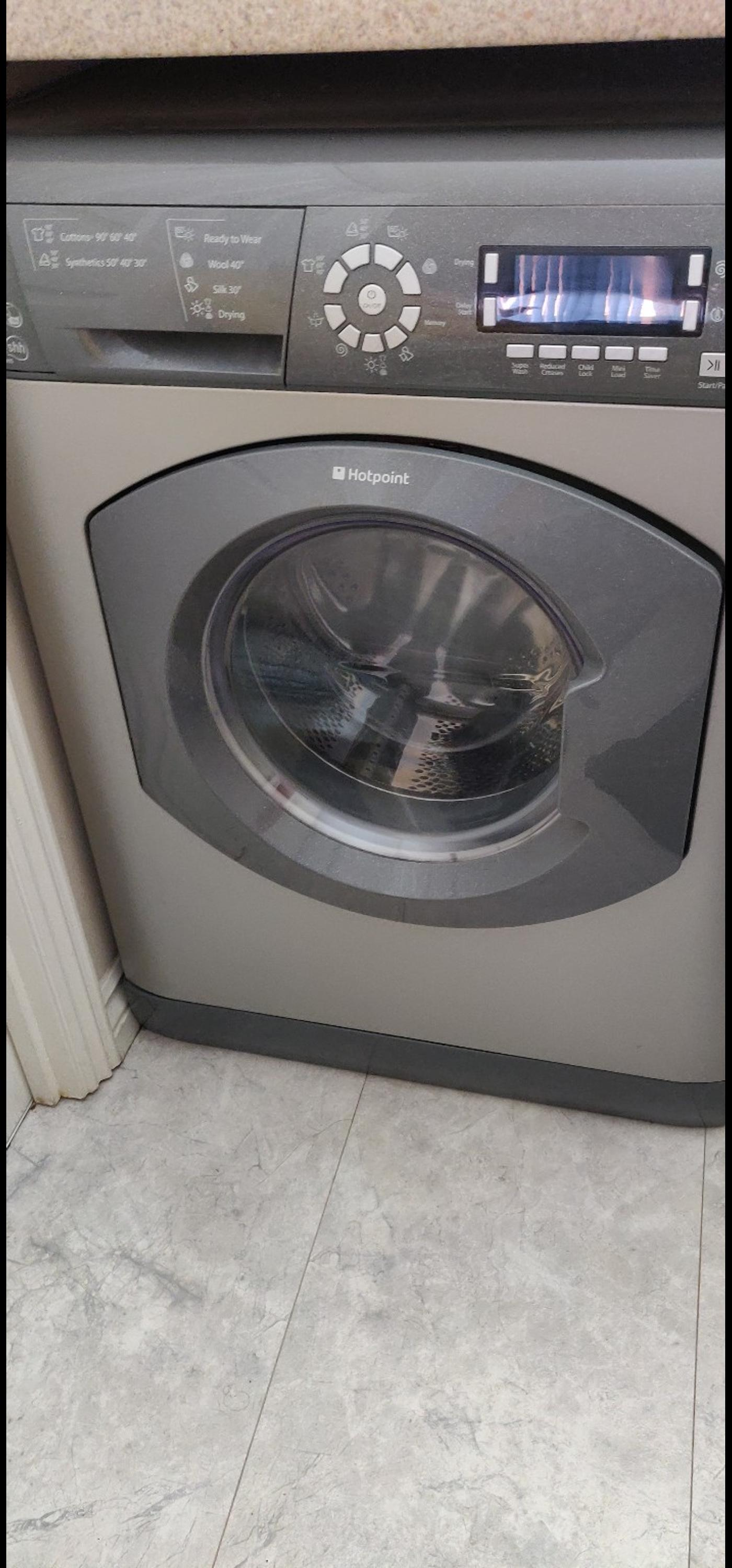 Hotpoint Ultima wdd960 washer dryer graphite in St Helens for £40 00