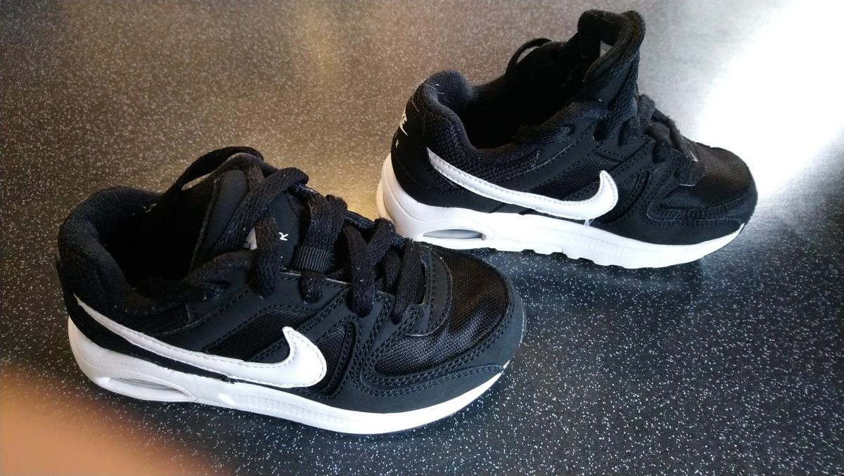 66ed3f276e710 nike air max boys size 10 in South Staffordshire for £15.00 for sale -  Shpock