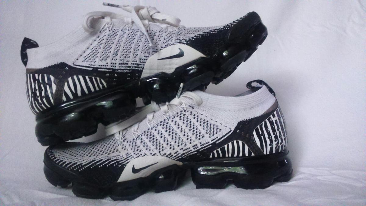 size 40 a5af7 f603e Nike Air VaporMax FlyKnit 2 Zebra FAULTY* UK8 in Wigan for ...