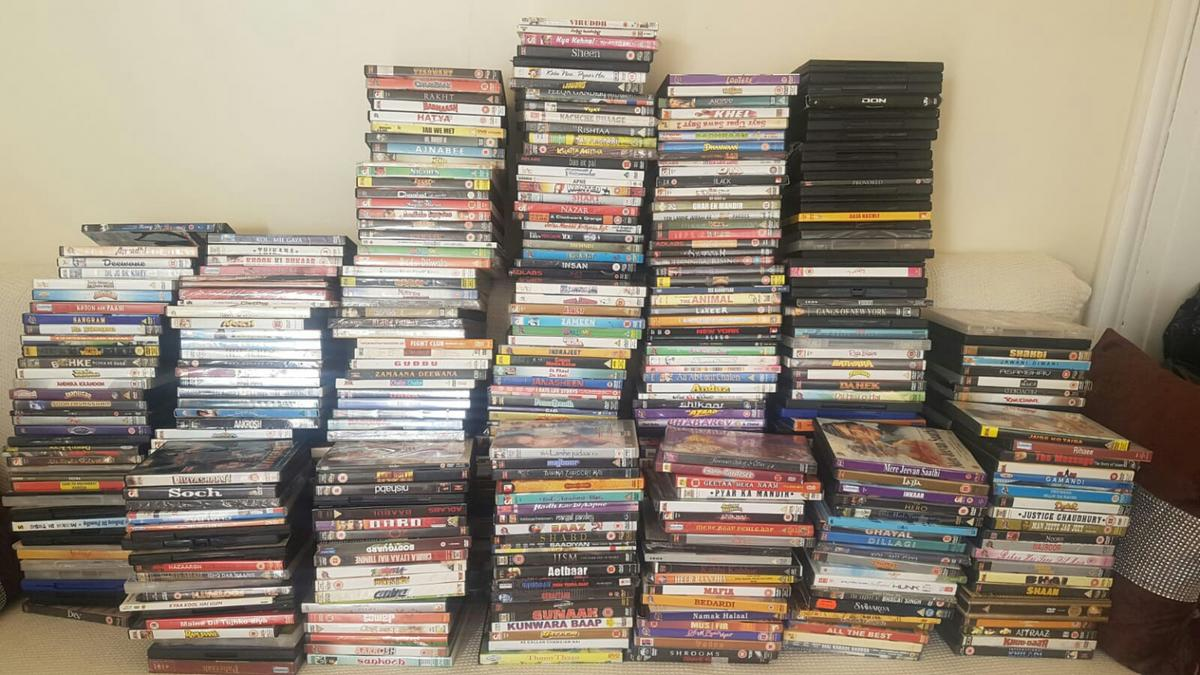 bollywood dvd'z around 1000 in OL8 Oldham for free for sale - Shpock