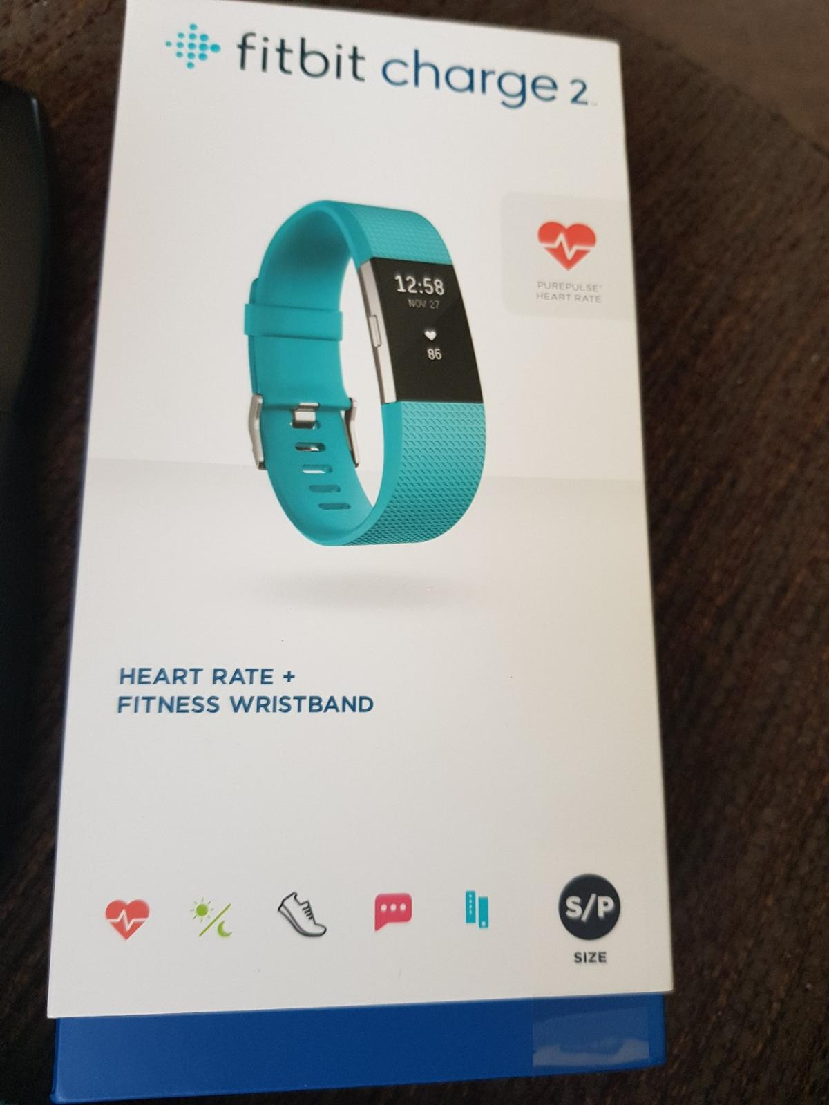 Fitbit charge 2 + 4 extra bands