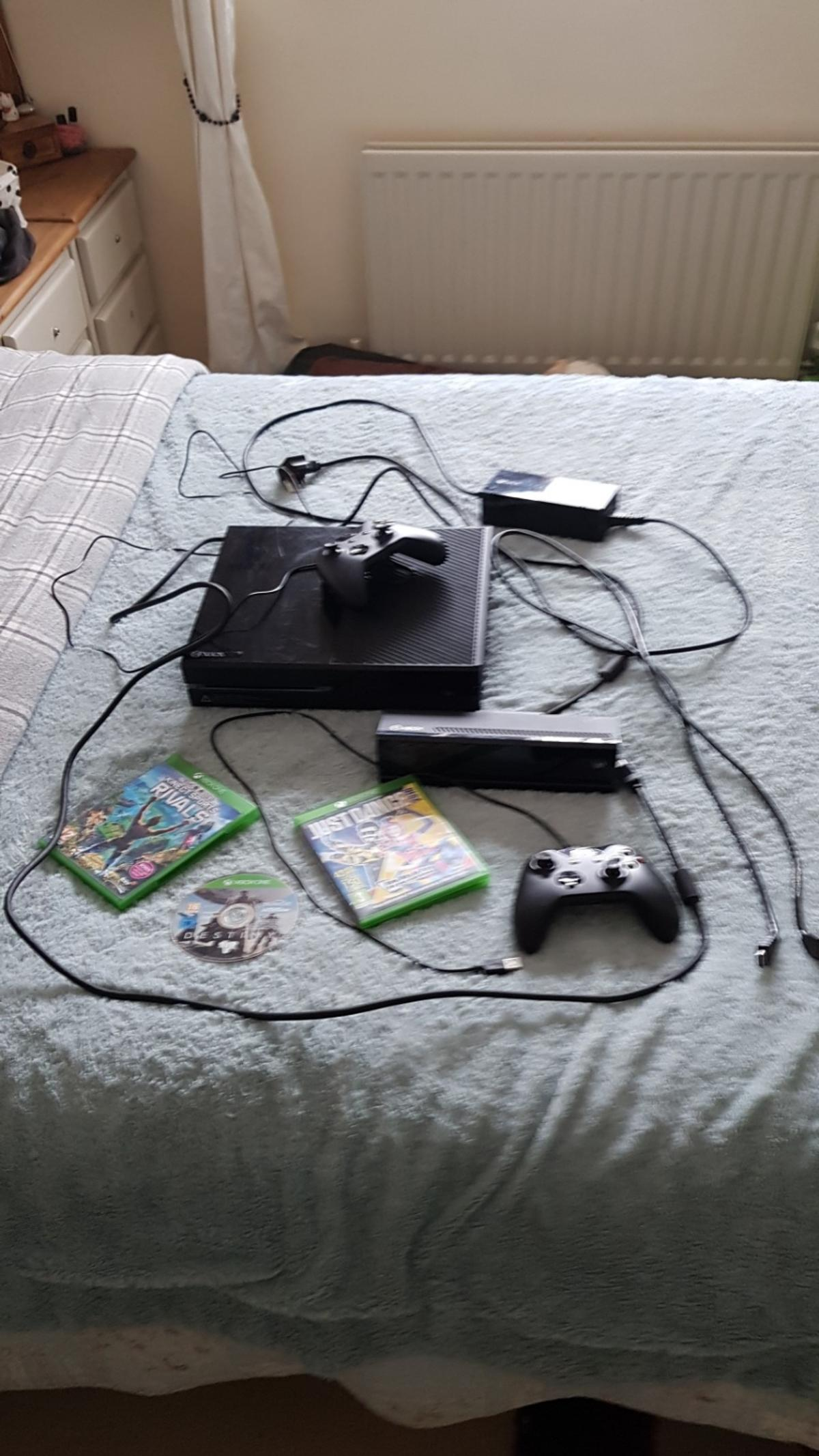 xbox one, kinect sensor, controllers, games