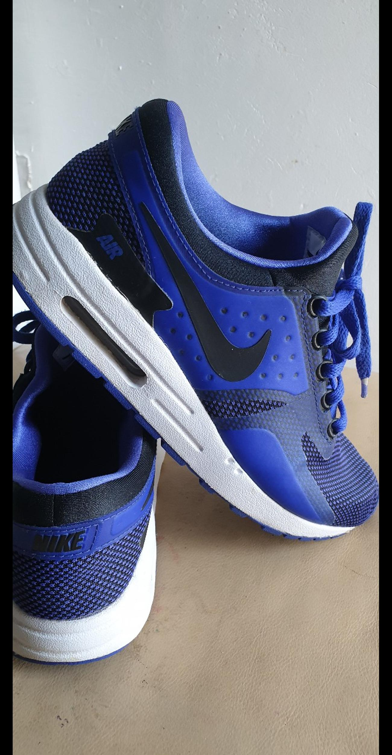 finest selection fe4d2 3ab5d YOUTHS BOYS nike AIR MAX ZERO TRAINERS UK 6 in SW4 London ...